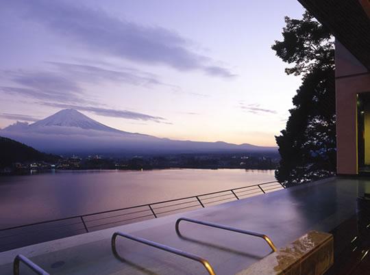 富士河口湖温泉郷の写真
