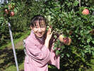 りんご畑で・・・