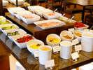 【朝食バイキング】全部で30種類以上!!新鮮な島原野菜がたくさん♪