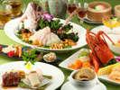 個室お祝いプラン。牡丹(ぼたん)/お料理、お飲み物(フリー)、装花、個室料 1名様 \15,000(税別)。