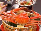 ズワイガニは冬の味覚の代表。特製の蟹酢との相性は抜群!