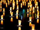 10月:秋の博多の街を灯明で彩る「灯明ウォッチング」幻想的なイベントです。