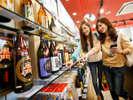 【トロピカルみやざき】宮崎駅すぐ横だから便利!ホテルから徒歩3分!お酒やお菓子などお土産揃ってます♪