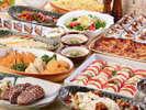 【夕食バイキング】宮崎の郷土料理も並ぶバイキングはご家族連れにも人気です/一例