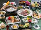 【夕食】どのお料理コースにしようか悩まれたら当館のスタンダードコースをオススメしております/例