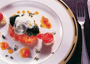 目にも美味しいディナー【料理一例】