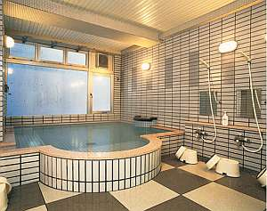 天然温泉は24H入浴可能(清掃時除く)柔らかな泉質で小さなお子様にも安心。お肌もすべすべに!