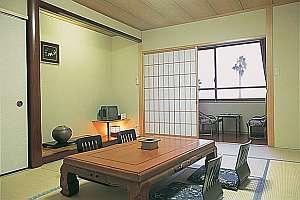 10畳間の客室