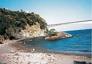 岩海岸迄徒歩3分。真鶴の新鮮地魚が頂ける。