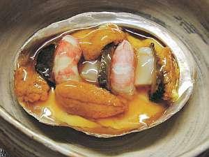 磯の宝蒸し(3月から5月までの夕食にお出しする予定です)