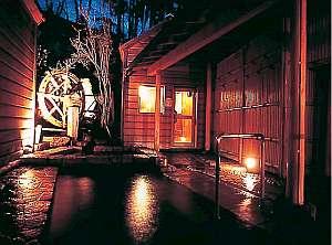 露天風呂月見の谷 夜