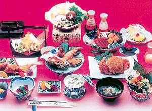 地元松島の漁師さん直送の素材を使う海鮮料理(一例)