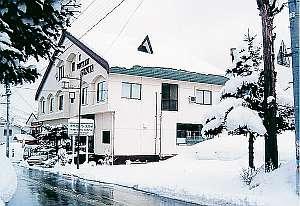 雪化粧・湯沢中里スキーリゾートまで徒歩5分