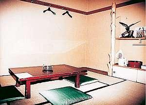手足を伸ばして落ち着ける和室