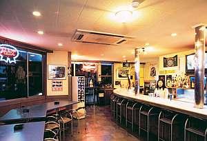 館内施設カフェ&バーViVid コーヒー、アイスクリームなどメニューも豊富