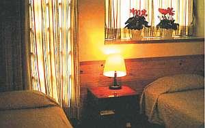 清潔に整えられた部屋【客室一例】