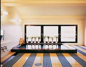 こじんまりとしたお風呂が7階にございます