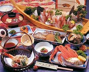 通常のコースでも舟盛り付の料理自慢の宿(舟3人前)