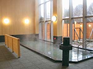 安曇乗鞍温泉「天峰の湯」/お肌に優しい泉質です。