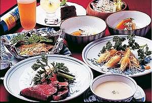 誰でも食べやすい和洋折衷のお料理