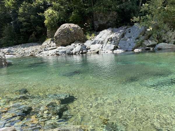 【切明温泉 雪あかり】秋山郷の最奥地。大自然と温泉でゆっくり寛ぐ特別な時間。