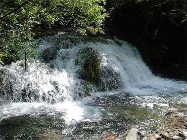 秘密の滝1