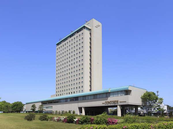 緑豊かな浜松城公園に隣接するホテルコンコルド浜松。ゆったりとお過ごしいただけます。
