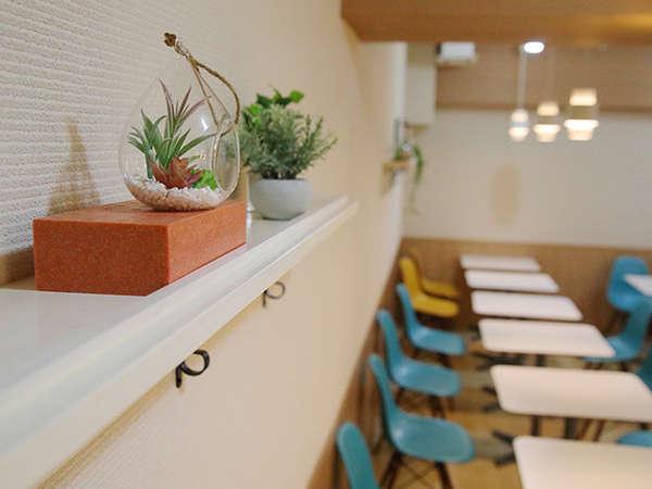 1階フロント横のレストランでお待ちしております!