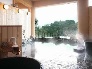 【氷見・九殿浜温泉 ひみのはな】美しい富山湾を一望し、立山連峰が浮かんで見える景勝の地。