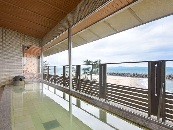 *【大浴場(男湯)】海の景色を見ながら、ごゆるりとお楽しみください。