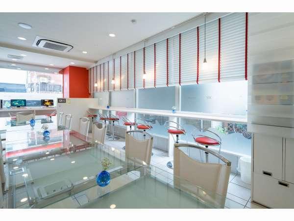 清潔感あふれるスペースでおいしいモーニングサービス!