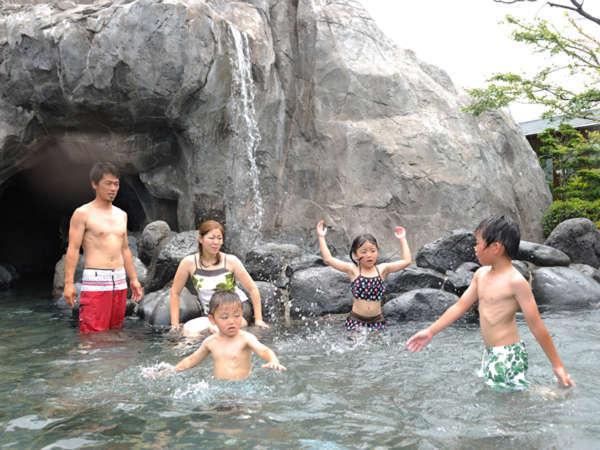 大滝の湯:当館最大のお風呂です。