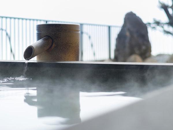 当館の客室露天風呂は温泉を使用しております。(加水・加温あり、放流式)