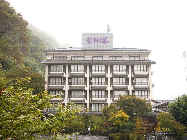 八ヶ岳・南アルプス・富士山等の山々の眺めを愉しめる自然豊かな環境です。