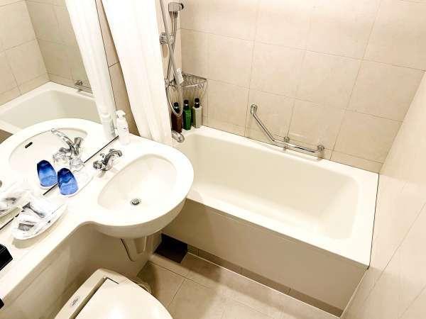 バスルーム(スタンダード・スーペリアルーム 一例)