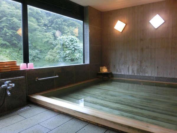【温泉】古代檜風呂の天然温泉♪