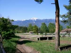アスコット前から見た甲斐駒ケ岳
