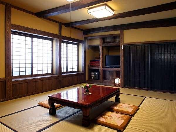 【部屋】お客様のプライベートな空間を邪魔しないようにという思いから布団敷きは行っておりません