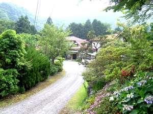 通りからの大野木荘
