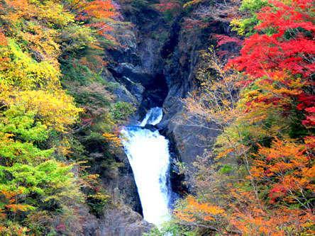 赤水の滝2段目