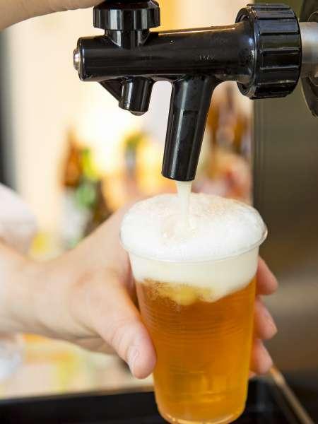 男性大浴場にはビール・焼酎の試飲あり♪