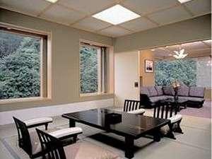 特別室は3間続き30畳の空間!最大11名様までご宿泊できます。(一例)