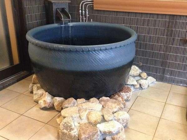信楽焼きつぼ風呂1