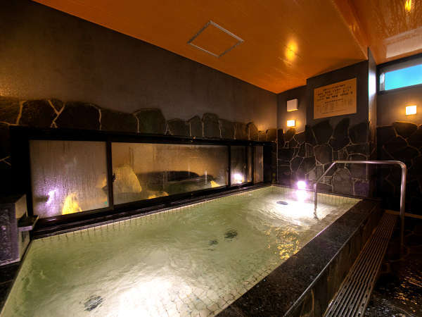 (女性大浴場)近隣ホテル唯一の館内大浴場!北海道産鉱石使用の人工炭酸カルシウム温泉で、体がポカポカ♪