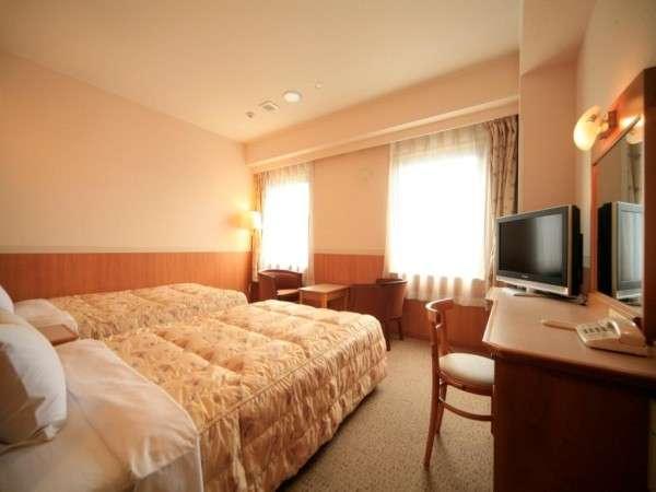 【ツインルーム】 明るく、広く、当ホテル人気の高い部屋です!