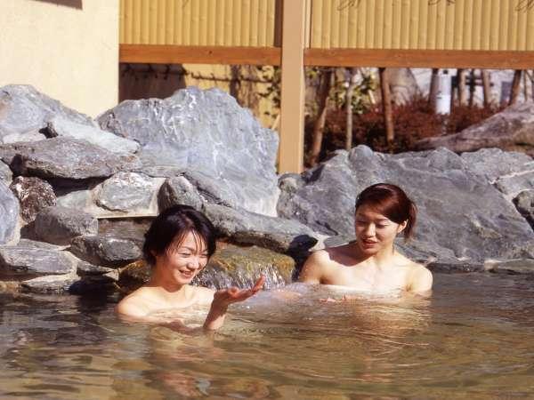 【和風呂】温泉の醍醐味♪露天風呂あります。風情がありますね♪ご湯っくりと~
