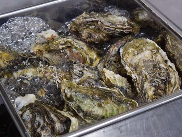 選べる一品料理【牡蠣のがんがん焼き】 冬季限定。漁師めしの酒蒸しにした牡蠣です。