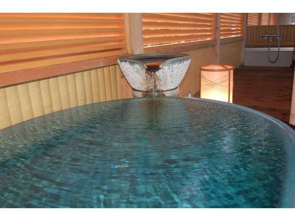 半露天風呂付客室のお風呂