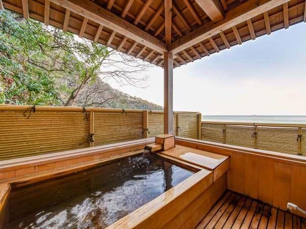 【*貸切露天風呂】無料で利用可能。若狭湾を一望できる貸切露天風呂