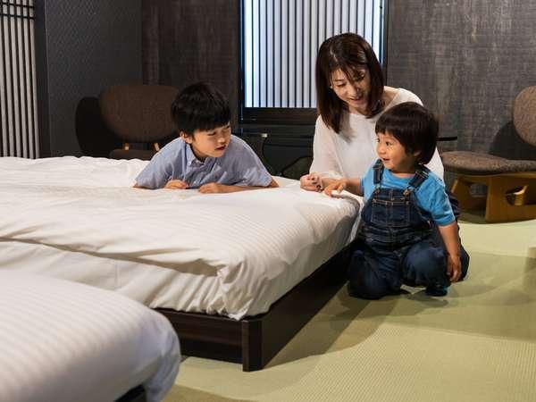 畳敷きでローベッドだから小さなお子様連れでも安心してご利用頂けます。
